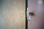 drzwi zewnętrzne z kluczem